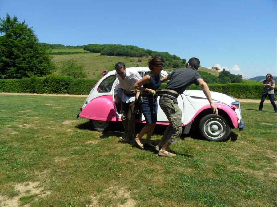 jeu séminaire épreuve en équipe Ardèche